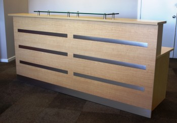 RECEPTION COUNTER WITH GLASS TOP
