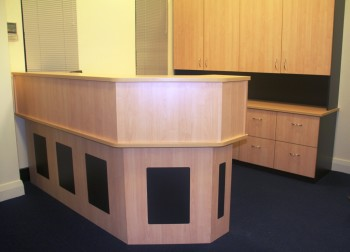 RECEPTION COUNTER WITH REBATED PANELS